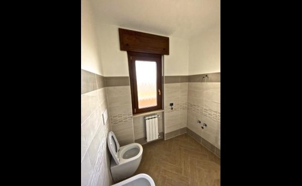 monte-solarolo-int13-bagno-vista